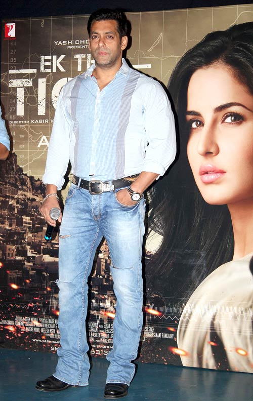 Style Poll Vote For Katrina Deepika And More Rediff