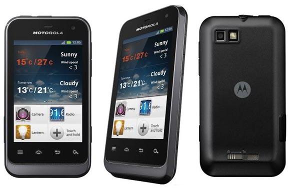 4 waterproof smartphones to beat the rains