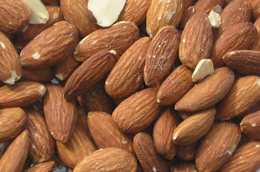 Almonds and peanuts prevent gallstones