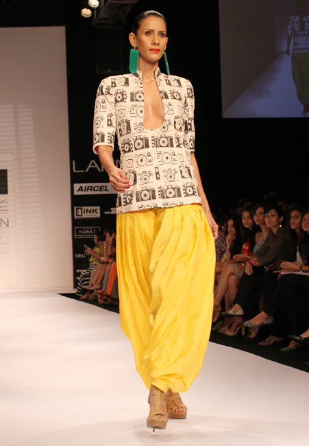 Kavita Kharayat  wears a Masaba Gupta collection