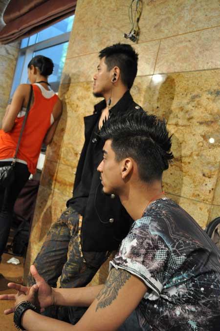 EXCLUSIVE PICS: Backstage at Lakme Fashion Week!
