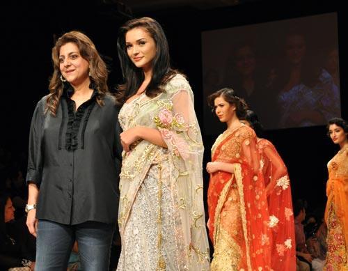 Amy Jackson with designer Bhairavi Jaikishan