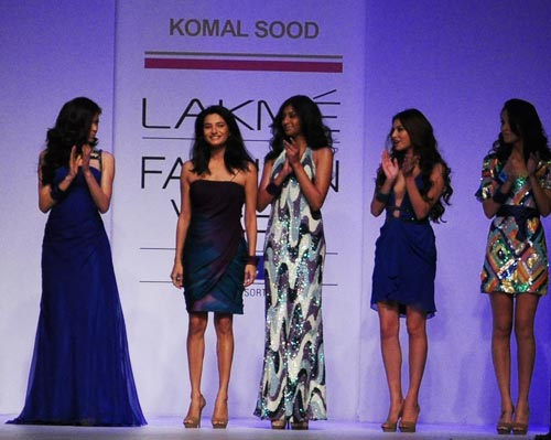 Designer Komal Sood takes to the ramp after the show.