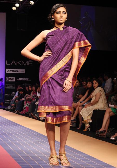 Kritika Babu in a Deepika Govind sari