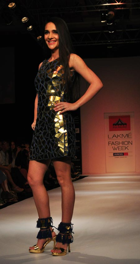 Showstopper Tara Sharma in a tribal influenced outfit by Pia Pauro
