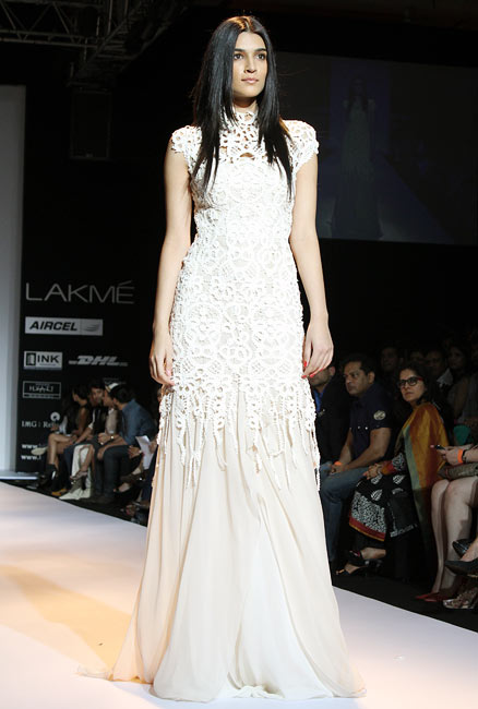 PICS: Bibhu Mohapatra's designs dazzle on the ramp
