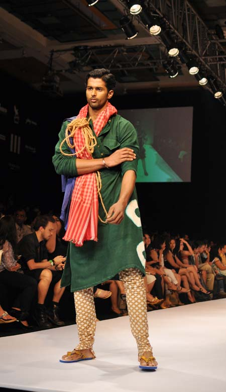 IN PICS: Bengal in all its splendour at LFW
