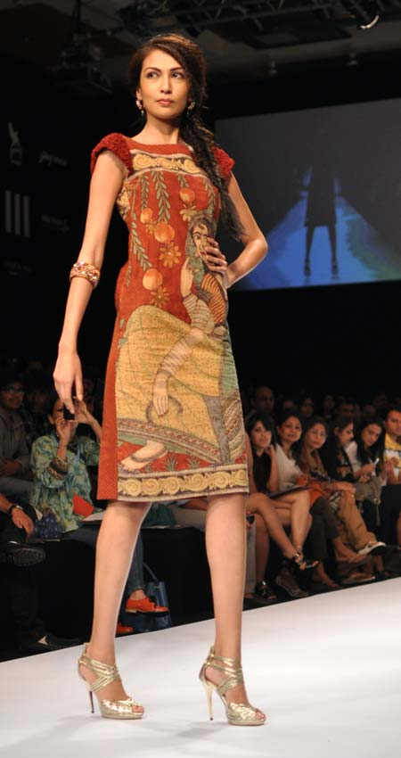 A model in a Shashikant Naidu outfit