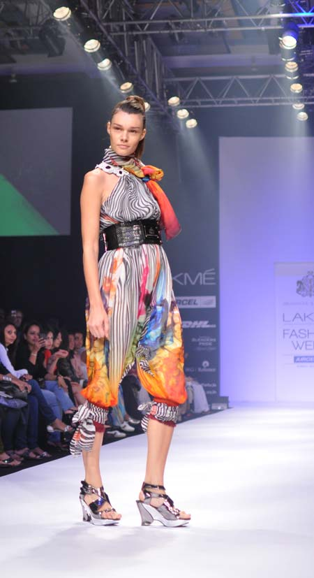 Evelin Besters in a Shashank-Prajwal creation
