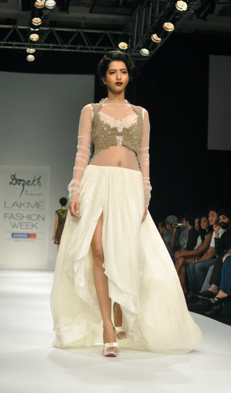 Ramp beauties: Flirty summer wear, roaring 20s