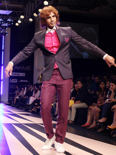 A model presents a Narendra Kumar creation