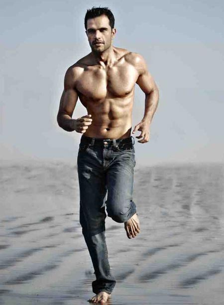 Model Jitin Gulati struts his abs