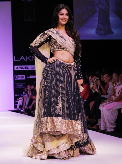 Tanisha for Payal Singhal