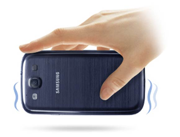 LOOK: Samsung Galaxy S III: The android becomes human!