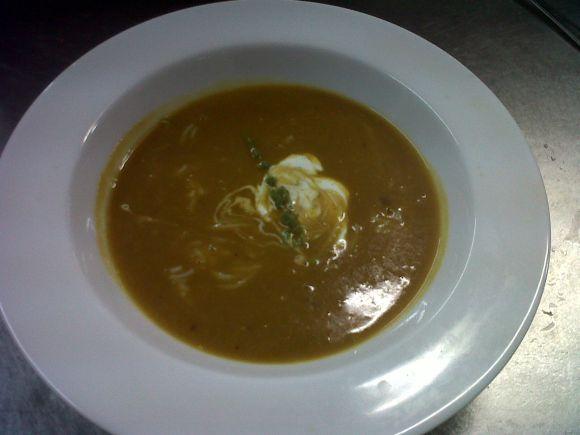 Mango mulligatawny soup