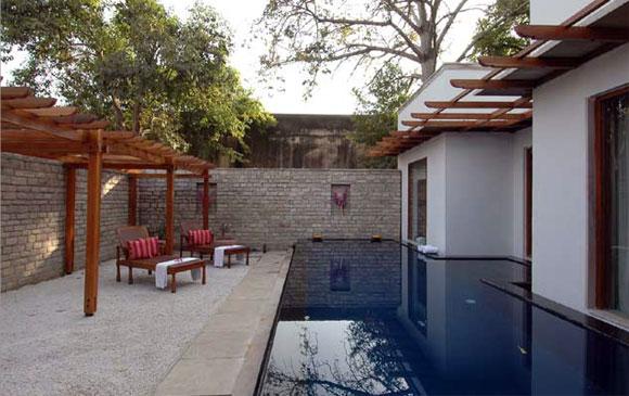 Hotel Usha Kiran Palace