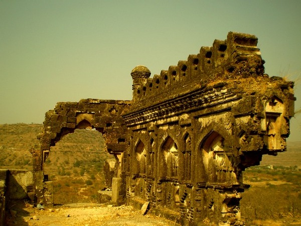 IN PICS: The indomitable Daulatabad Fort of Aurangab