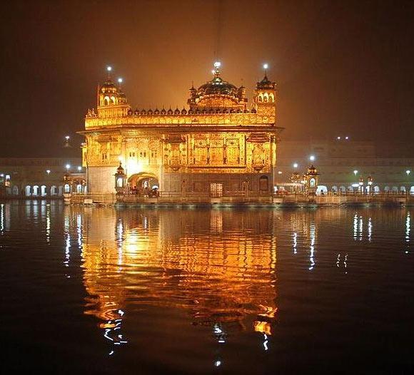 How India Celebrates Diwali Rediff Getahead