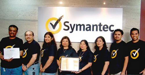 Symantec employees pose with 'Great Places to Work' Certificates