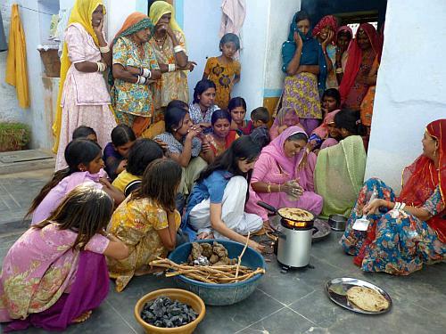 Neha Juneja demonstrates the Greenway stove