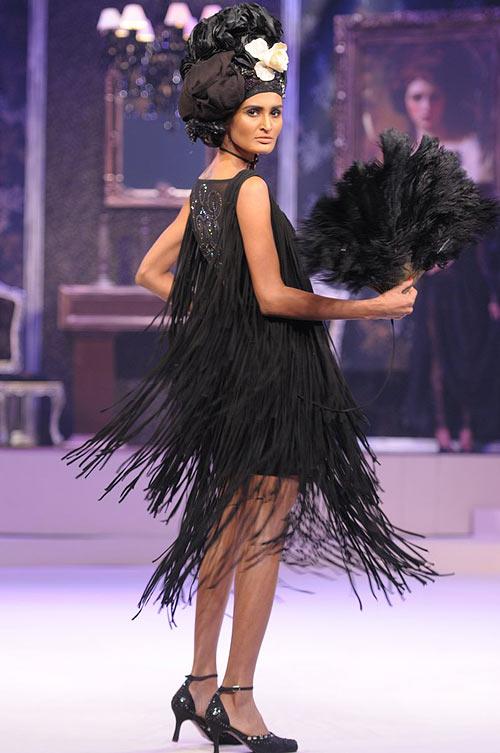 Rachel Bayros for Suneet Varma