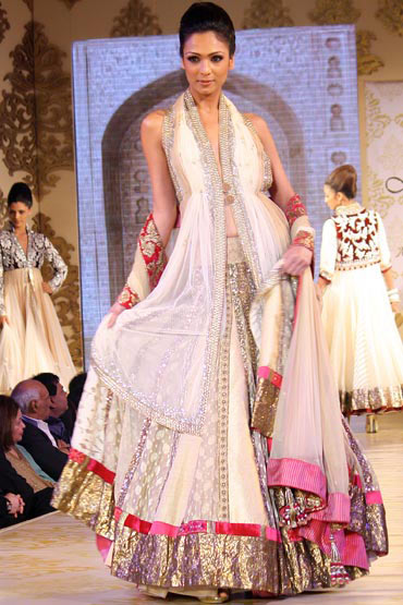 For the banana body type, a lehenga with flair is ideal
