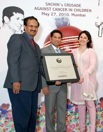 Dr Jagannath with Sachin and Anjali  Tendulkar