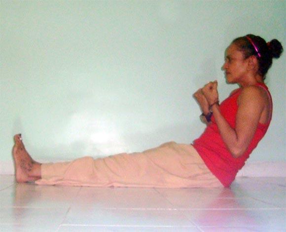 Naukasanchalanasana (Boat-rowing pose)