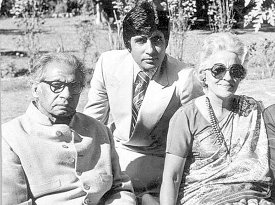 A dated photograph of Amitabh Bachchan with parents Harivansh Rai and Teji Bachchan