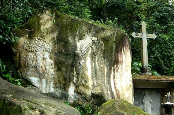Edakkal Caves, Kalpetta