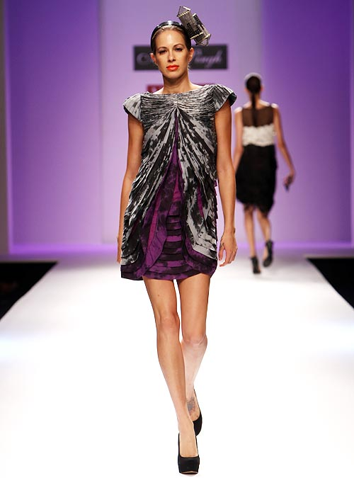 A model wears a Abhi Singh's collection.