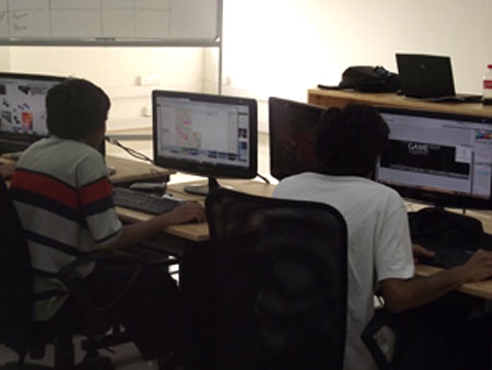 Students at DSK Supinfogame collaborate on a project