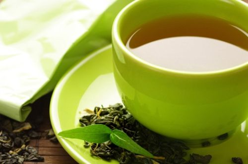 All herbal teas and green tea are permitted while on a detox diet