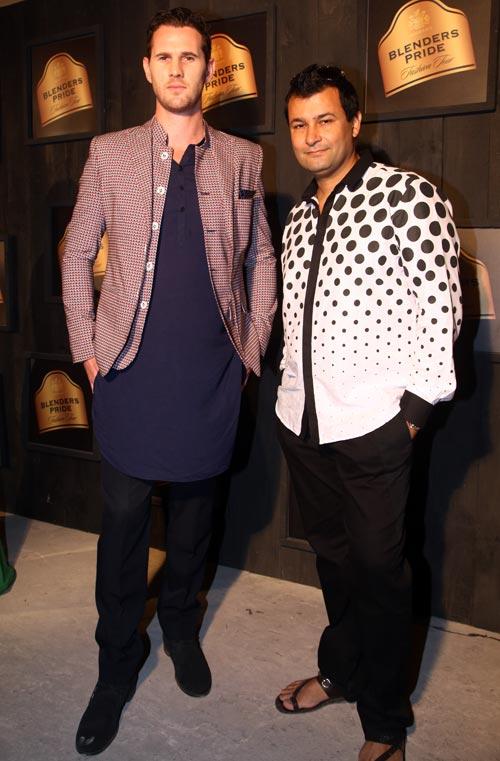 Shaun Tait and Ashish N Soni