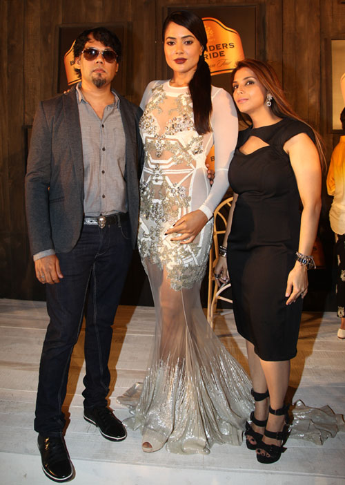 Shane Peacock, Sameera Reddy and Falguni Peacock