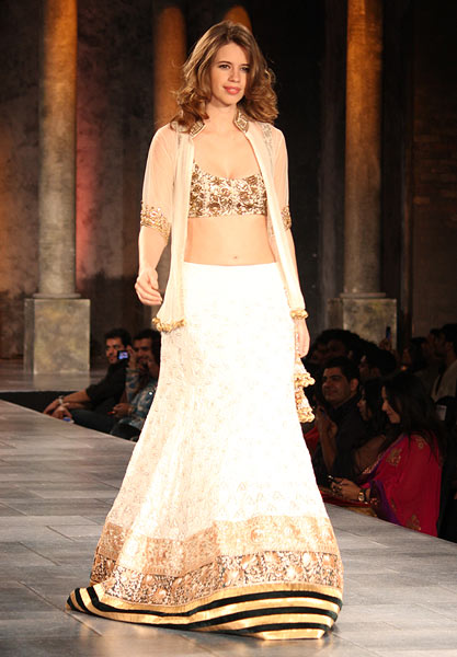 Kalki Koechlin for Manish Malhotra