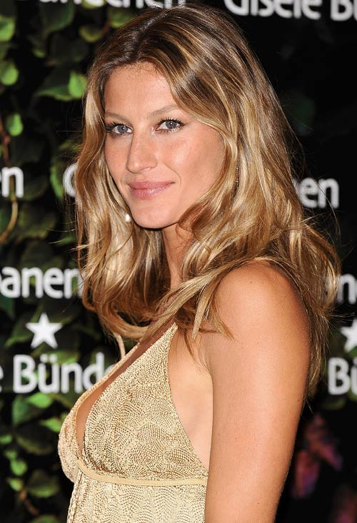 Encourage routine shedding of the skin for Gisele Bundchen's rosy face