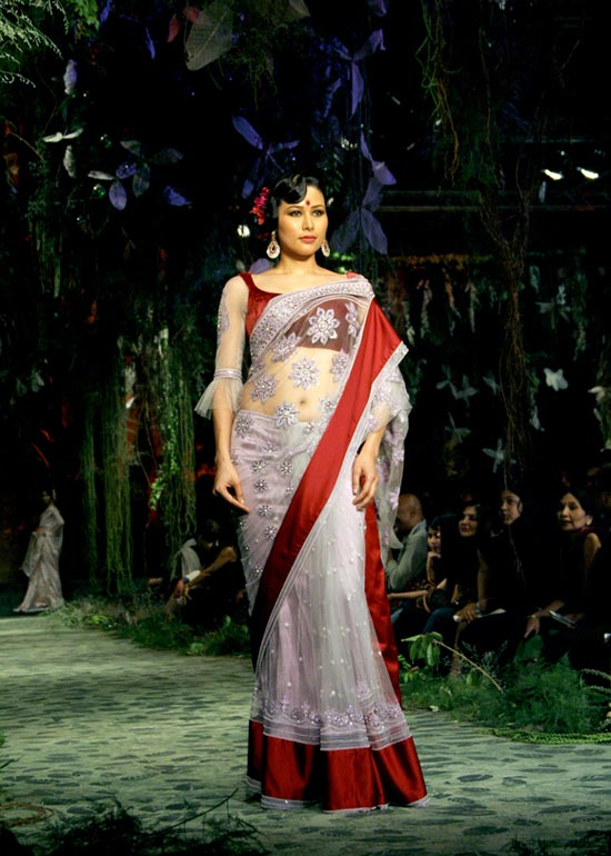 Shruti Agarwal for Tarun Tahiliani