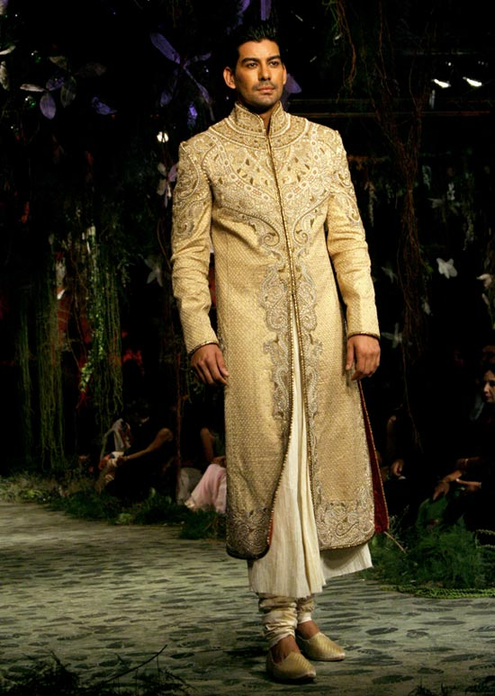 Kabir Singh for Tarun Tahiliani