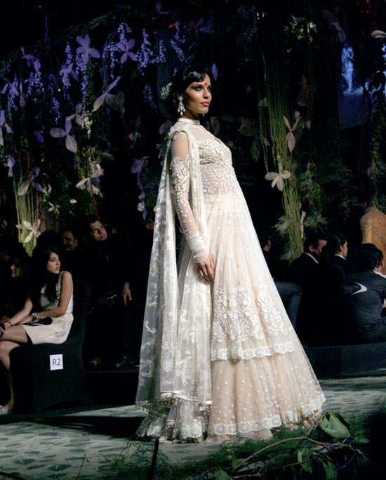 Deepti Gujral for Tarun Tahiliani
