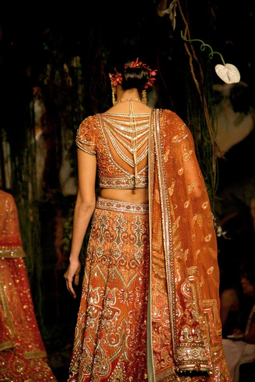 A Tarun Tahiliani creation