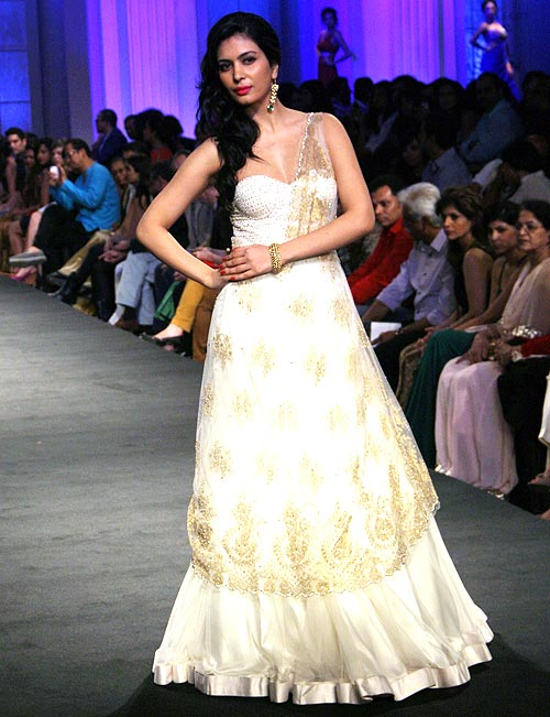 Ankita Shorey for Jyotsna Tiwari