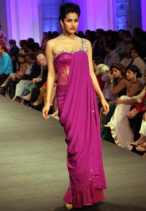 Anjali Lavania for Jyotsna Tiwari
