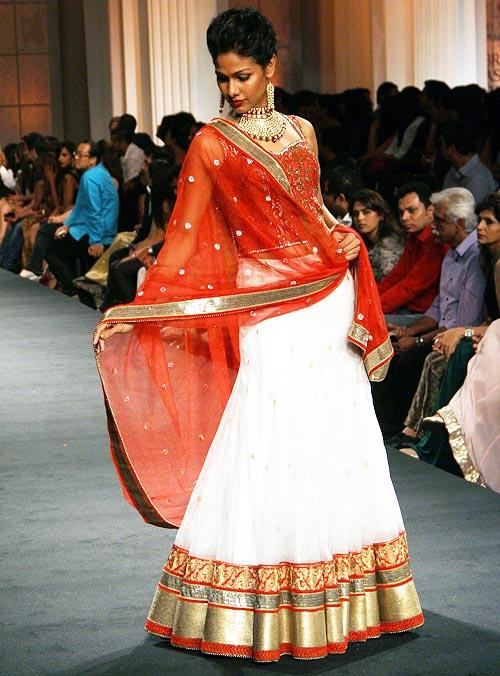 Nethra Raghuraman for Jyotsna Tiwari