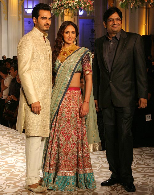 Bharat Takhtani, Esha Deol and Vipin Sharma