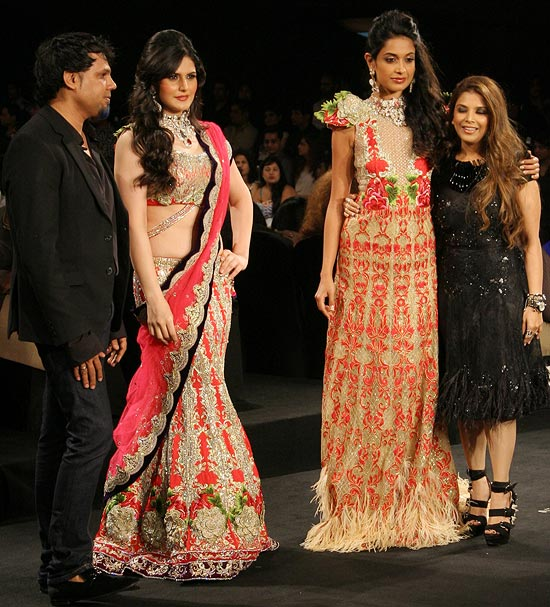 Shane, Zarine Khan, Sarah-Jane Dias and Falguni