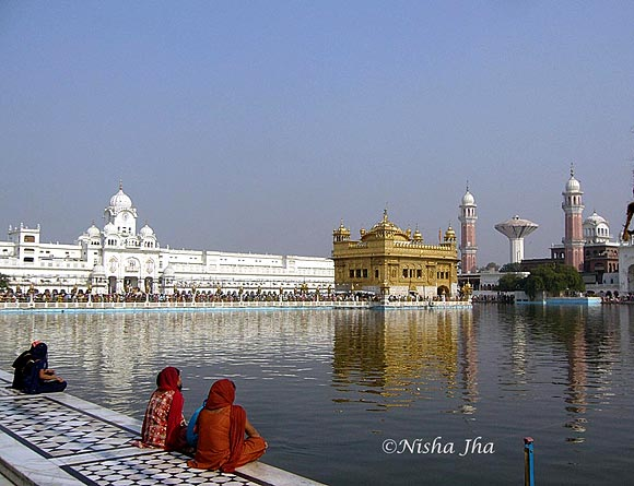 PICS: The Golden Temple, an oasis of calm and tranquility