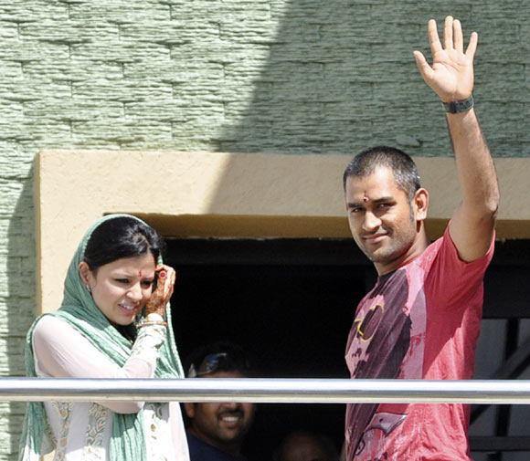 Sakshi Dhoni with MS