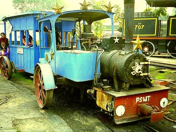 An engine from the Patiala State Monorail System that was built in 1907 and connected Bassi with Sirhind and ran till October 1927 after which it was closed as better and faster modes of transportation such as cars and buses became more popular.