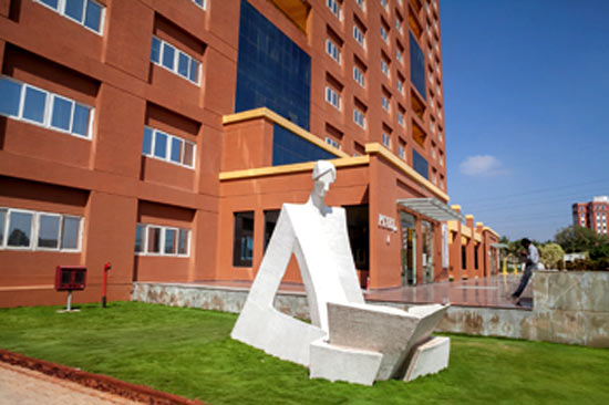 The Azim Premji University is planing to have 4000 students in five years